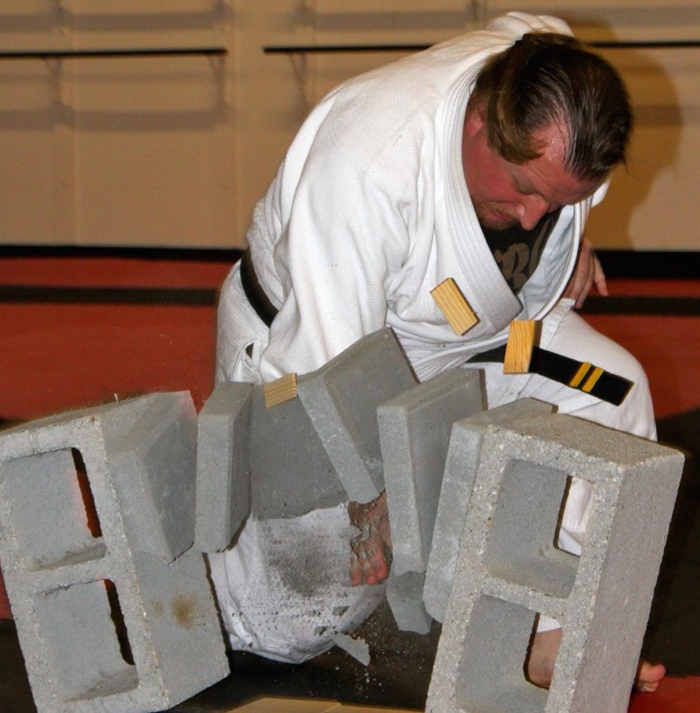 Kevin West, instructor of Norfolk Karate Academy / Gracie Jiu-Jitsu Norfolk<br>, Norfolk, VA
