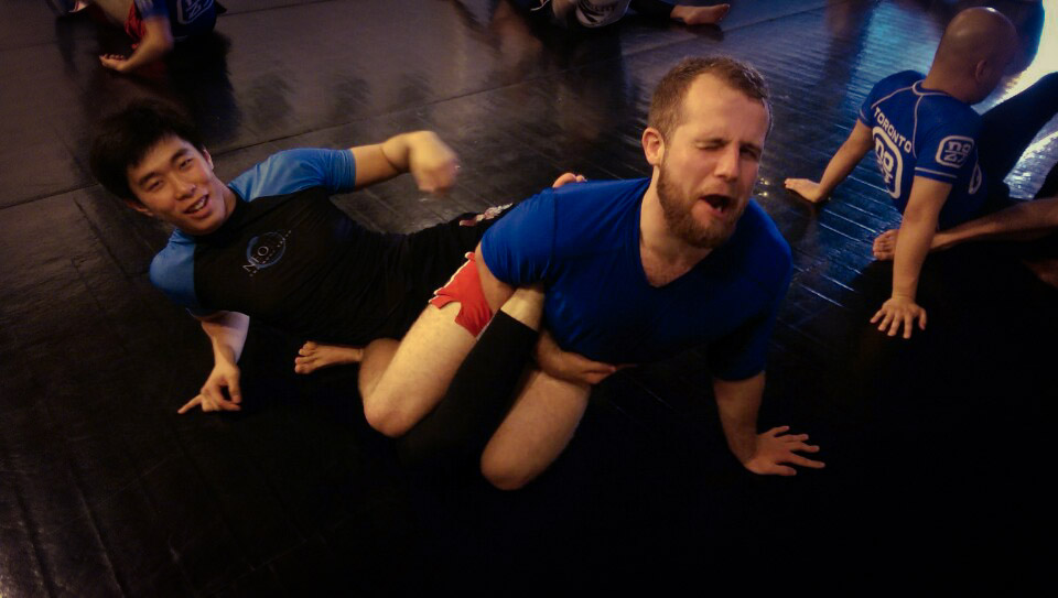 grappling on mat in toronto
