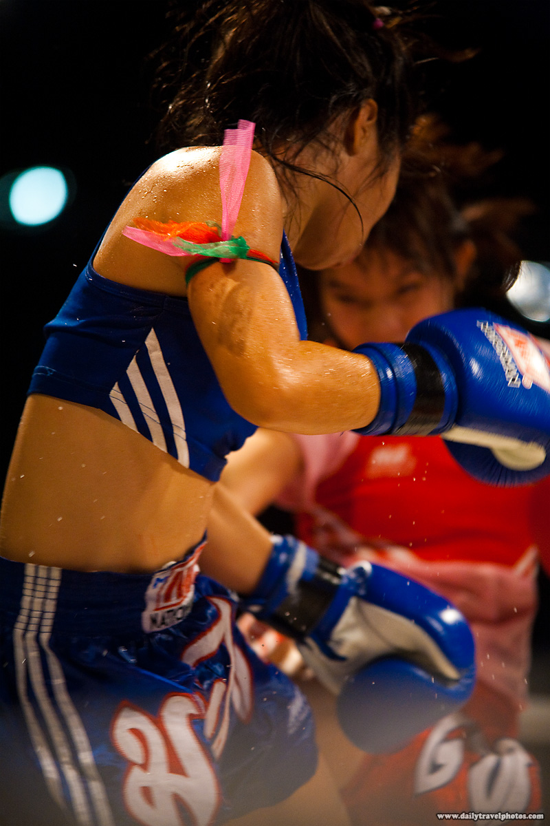 women's muay thai sparring