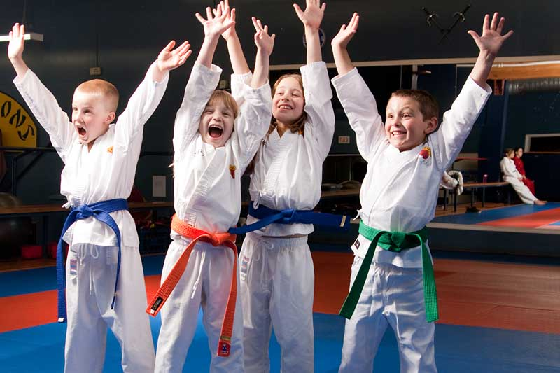taekwondo kids at Rays Tae Kwon Do Center