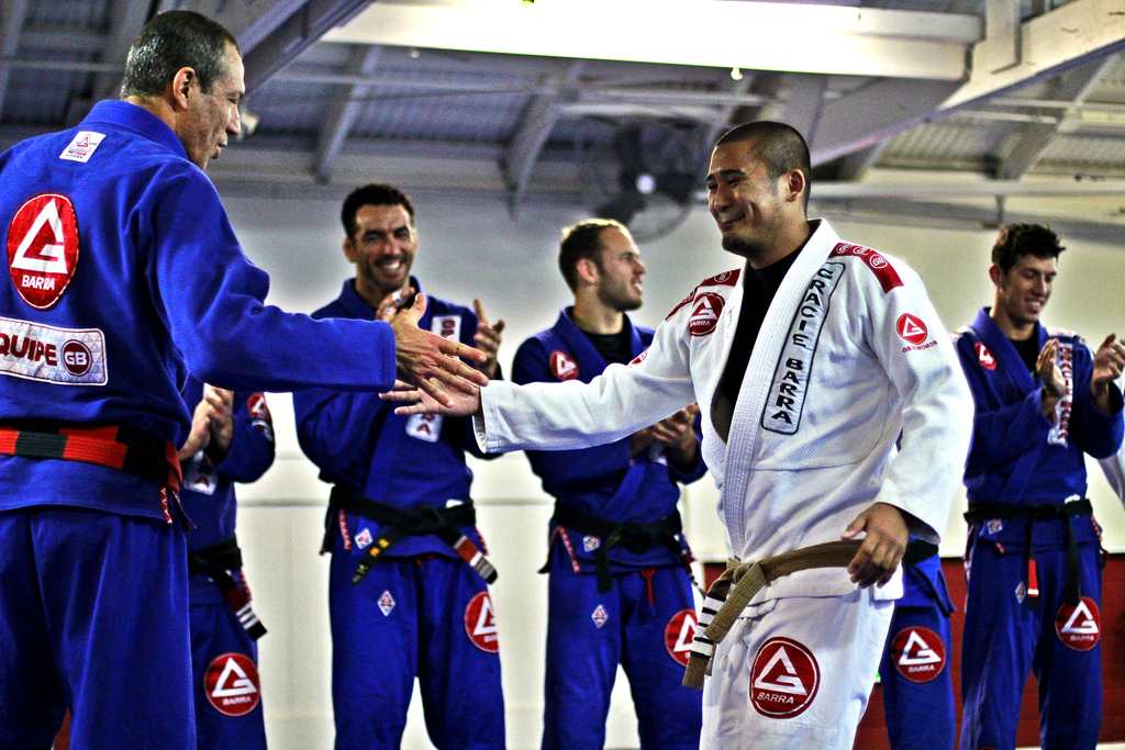 jiu jitsu opponents shaking hands